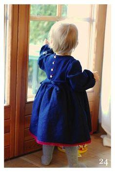 Robe K du livre Trousseau de bébé
