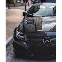 Badass Carbon fiber Mercedes CLS 63 AMG