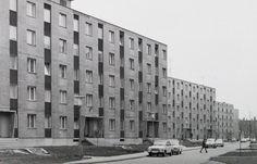 Deák Ferenc utca páros oldala a Lövölde utca felé nézve.