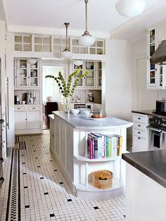 Architect: Gomez Associates. Photo: William Abranowicz - Architectural Digest December 2012