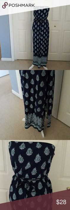 Old Navy maxi dress Like new condition! Only been worn once! Old navy Dresses Maxi