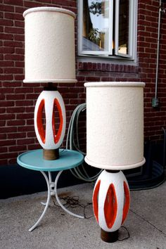 Retro Table Lamps... love these!