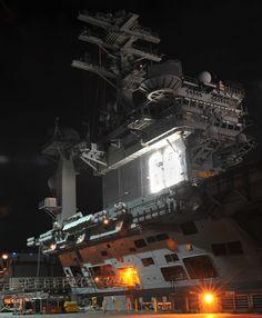 USS Nimitz CVN-68 class Aircraft Carrier US Navy Uss Enterprise Cvn 65, Model Warships, Uss Nimitz, Capital Ship, United States Navy, Aircraft Carrier, War Machine, Us Navy, Battleship