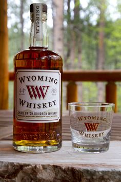 Wyoming Whiskey I need this glass! Whiskey Girl, Good Whiskey, Scotch Whiskey, Bourbon Whiskey, Signal Mountain Lodge, Moscow Mule Drink, Moonshine Whiskey, Small Batch Bourbon, Whisky Bar