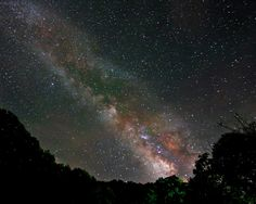 View from WVa - [ I miss the clean air and altitude of Bluefield West Virginia that allowed the same clear views of the night sky. Most people have never seen that, so they have no idea what they're missing. -PSC]