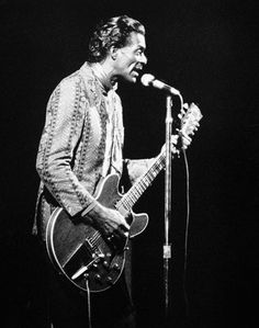 Chuck Berry play...Chuck Berry