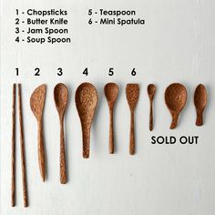 Wooden Spoon Carving, Carved Spoons, Wood Carving Art, Wood Spoon, Wood Art, Types Of Cooking Oil, Dyi, Wood Knife, Butter Knife