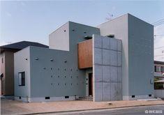 倉敷市-Kurashiki city- F様邸 Garage Doors, Outdoor Decor, Home Decor, Decoration Home, Room Decor, Home Interior Design, Carriage Doors, Home Decoration, Interior Design