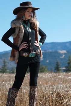 Winter fashion feature - cowgirl magazine vest by tasha polizzi, necklace by dana voorhees; Cowgirl Style Outfits, Western Outfits Women, Country Style Outfits, Rodeo Outfits, Country Fashion, Western Dresses, Cowgirl Fashion, Cowgirl Dresses, Estilo Cowgirl