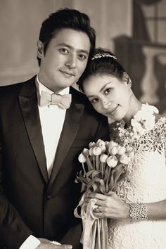 Jang Dong Gun and Go So Young wedding. Love her dress ...