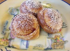 Make delicious Danish pancake puffs using an electric Æbleskiver pan from Williams-Sonoma.