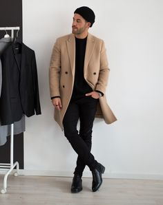 ▪Black, grey or beige? Smart Casual Suit, Men Casual, Camel Coat Men, Grey Overcoat, London Outfit, Winter Outfits Men, Men's Coats And Jackets, Types Of Fashion Styles, Men Dress