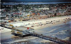 """Daytona Beach's famed Ocean Pier Casino, showing part of """"World's Most Famous Beach,' boardwalk and Halifax River, with Seabreeze Bridge in background postmarked 1962 Florida East Coast, Old Florida, Vintage Florida, Central Florida, Florida Location, Florida Adventures, Florida Sunshine, Famous Beaches, Beach Boardwalk"""