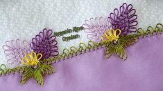 I did almond lace to write plain lilac. Viking Tattoo Design, Viking Tattoos, Filet Crochet, Knit Crochet, Kylie Jenner, Sunflower Tattoo Design, Knitted Shawls, Baby Knitting Patterns, Knitting Socks