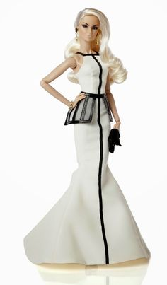 The Fashion Doll Chronicles: A doll with an Edge by Lisa Ramsammy and Integrity Toys