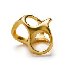 3-in-one ring designed by Emquies-Holstein.