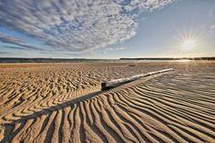 Porin Yyteri hurmaa maisemillaan. Waves, Beach, Outdoor, Outdoors, The Beach, Beaches, Ocean Waves, Outdoor Games, The Great Outdoors