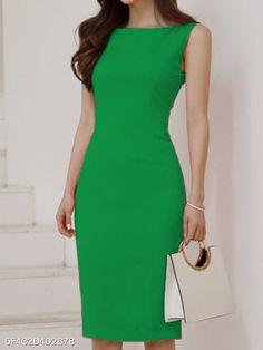 Brand/Designer: Dress Silhouette: Bodycon Shoulder: Sleeveless Size Category: Plus Size Dress Skirt, Dress Up, Bodycon Dress, Boat Neck Dress, Dress Outfits, Fashion Dresses, Looks Chic, Dress Silhouette, Pencil Dress