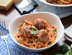 How to Make Quick Spaghetti and Meatballs in Your Instant Pot