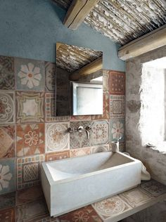 MEMORY MOOD by Panaria, inspired by ancient cement tiles in 6 colors and 9 patterns Bad Inspiration, Bathroom Inspiration, Wall And Floor Tiles, Beautiful Bathrooms, Tile Design, Bathroom Interior, Powder Room, Sweet Home, House Design