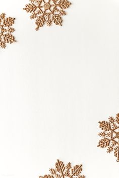 Festive golden snowflakes frame design | premium image by rawpixel.com / KUTTHALEEYO Christmas Fairy Lights, Christmas Frames, Christmas Mood, Christmas Design, Xmas, Flower Backgrounds, Wallpaper Backgrounds, Iphone Wallpaper, Winter Wallpaper
