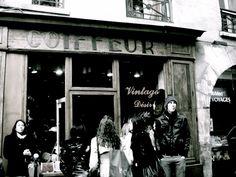 Lil'Fel Rocks the World: Paris Series Part Two: Une Journée Parisienne. Vintage stores in the Marais