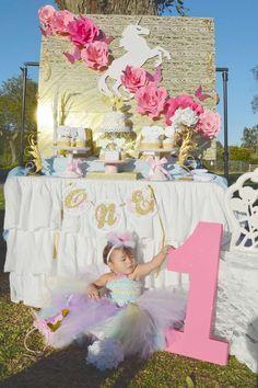 Unicorn Love First Birthday  | CatchMyParty.com