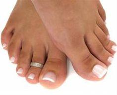Cómo hacerse el pedicure: El cuidado de tus uñas es fundamental, y puedes hacerlo tu misma sin necesidad de perjudicar tu presupuesto o de incurrir en gastos todas las semanas. - http://www.feminaactual.com/como-hacerse-el-pedicure.a.aspx