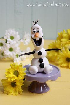 Como hacer a Olaf con fondant