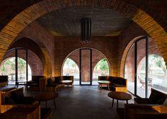 http://www.dezeen.com/2015/03/13/wangstudio-f-coffee-cafe-vietnam-brick-arches/