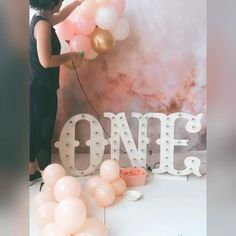 1st Birthday Girl Decorations, Baby Girl Birthday Theme, Birthday Girl Pictures, 1st Birthday Photoshoot, Balloon Decorations Party, Baby Cake Smash, Birthday Cake Smash, Cake Smash Backdrop, Cake Smash Photography
