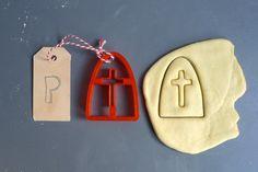 Cookie cutter Sinterklaas by Printmeneer on Etsy https://www.etsy.com/listing/114668261/cookie-cutter-sinterklaas
