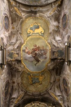 Glory of St. Victor, by Ferdinando Porta (1687–1763), in the chapel of Sant'Ambrogio that bears the saint's name.