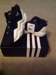 adidas top ten 2000 size 7 Basketball Shoes 9ee974ebf