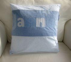 *Niedliches Kissen für Kinder und Kindgebliebene!*   wunderschöner, handgearbeiteter Kissenbezug aus 100% Baumwolle mit Buchstabenapplikation na...
