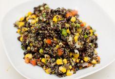 Quinoa salad with beans  http://vegetarbloggen.com/2011/12/04/quinoasalat-med-bonner/#more-5998