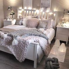 Cute Bedroom Decor, Room Design Bedroom, Cute Bedroom Ideas, Stylish Bedroom, Room Ideas Bedroom, Small Room Bedroom, Master Bedroom, Bedroom Inspo, Dream Bedroom