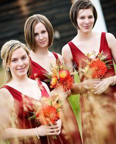 dress + flower color combination!