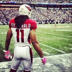 WR LarryFitzgerald is ready to take the field.