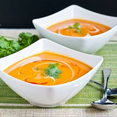 Send the chilly fall weather packing with this Spicy Creamy Sweet Potato Soup. It's a vegetarian, gluten-free recipe you can make in 30 minutes for one or many, and it's so easy to prepare for a vegan-friendly diet too. Soup Recipes, Vegetarian Recipes, Cooking Recipes, Healthy Recipes, Free Recipes, Spicy Sweet Potato Soup, Guisado, Frijoles, Soup And Sandwich
