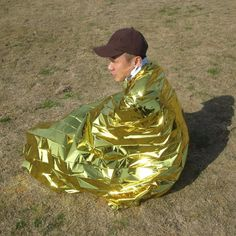 New 2.1*1.6m 50g emergent blanket rescue first aid waterproof travel camp tent hike outdoor survive silver tool hunt thermal