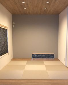 \\ my home diary //さんはInstagramを利用しています:「昨日の続き。 ・ ・ 三枚連動の引き込み戸は 開け閉め楽チンです◯ ・ ・ #和室 #小上がり和室 #畳 #琉球畳 #和紙畳 #三枚連動引き戸 #引き込み戸 #和室インテリア #インテリア #japanesestyleroom #interior…」