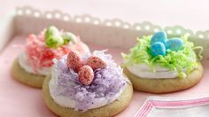 Easter Nest Cookies ~ from packaged sugar cookie mix, topped w/coconut & jelly beans | via Betty Crocker