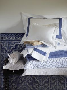 Coordinate Sferra's printed Connery bedding effortlessly with their hotel-inspired collections: Orlo, Grant, Grande Hotel, and Burke throw.