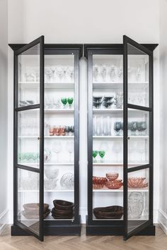 Two class cases displaying the owner's glass collection. Design Your Dream House, Home Design Decor, Dream Home Design, House Design, Home Decor, Interior Design, Ethnic Decor, China Cabinet, Home Kitchens