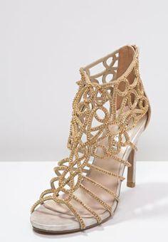 Diese Sandalette ist ein richtiges Schmuckstück. Alma en Pena High Heel Sandaletten - rose gold für 90,95 € (10.09.16) versandkostenfrei bei Zalando bestellen.