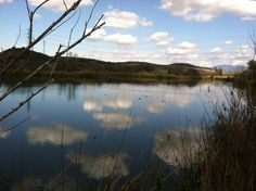 Barbara's Lake on the James Dilley Trail. Hiking in Orange County. Southern California.