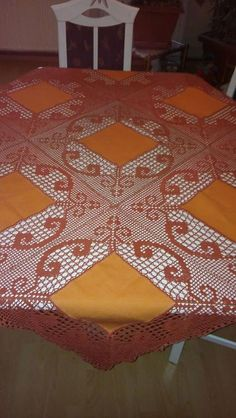 Elegant Filet Crochet Tablecloth For Crochet Bolero Pattern, Crochet Bedspread Pattern, Crochet Fabric, Crochet Quilt, Crochet Tablecloth, Crochet Shoes, Crochet Motif, 5 Diy Crafts, Diy Crafts Crochet