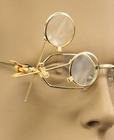 8dd0eb09925 Double Clip-On Magnifying Loupy - Gold Tone 4th Doctor