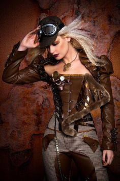 Steampunk girl and Cosplay Moda Steampunk, Steampunk Couture, Gothic Steampunk, Chat Steampunk, Style Steampunk, Steampunk Design, Steampunk Clothing, Steampunk Fashion, Steampunk Hair